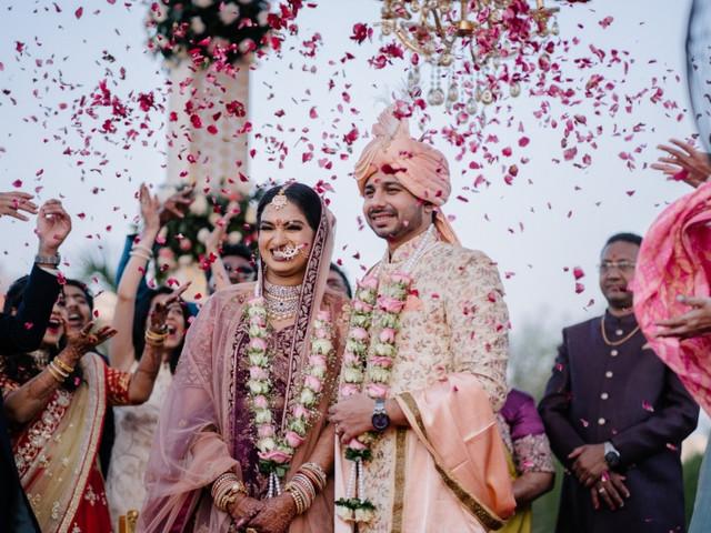 Madhuri & Parshwa's Lockdown Wedding in Ahmedabad