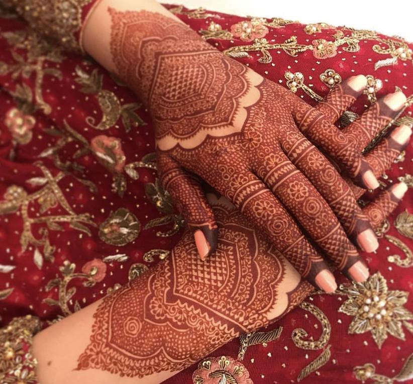 simple pakistani mehndi design