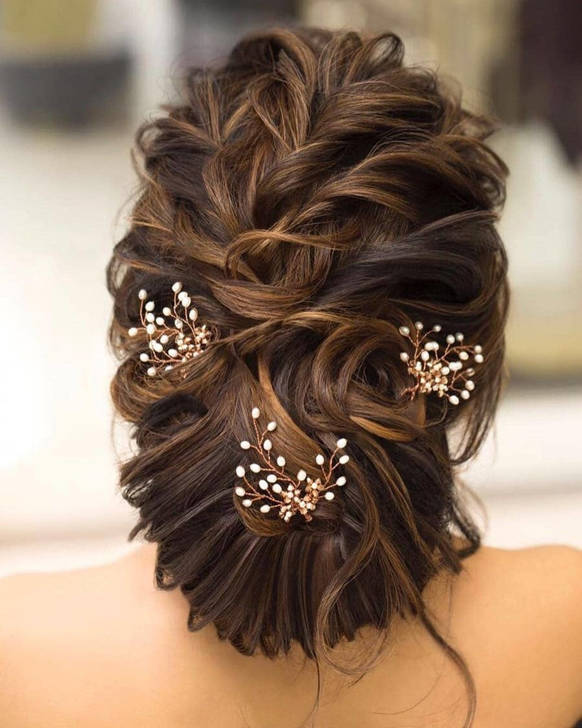 Super Stylish Bun Hairstyles For Short Hair How To Get Em Right