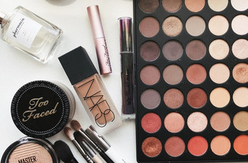 28 Must-Have Bridal Make-up Kit Essentials