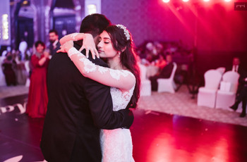 Check Out These New English Songs for Your First Dance