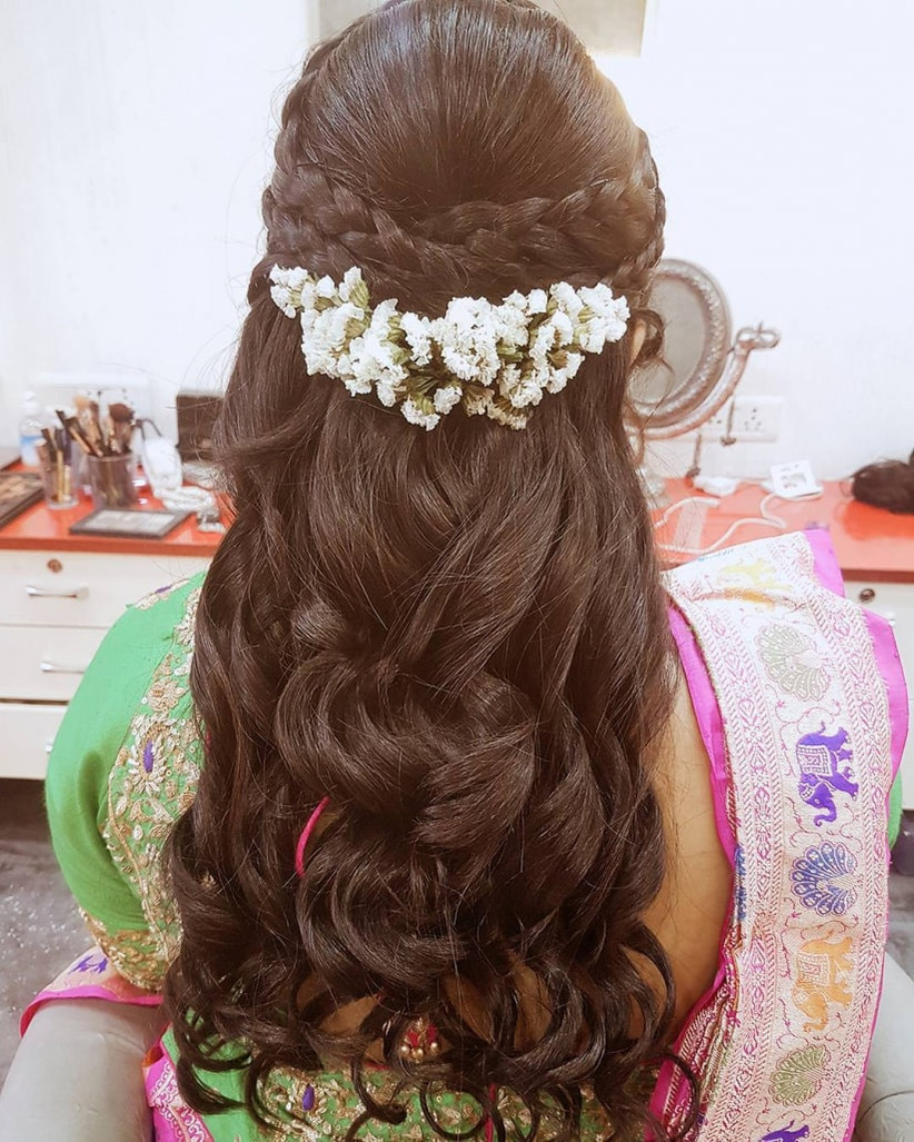 11 gorgeous indian hairstyles with a gajra set for everyone