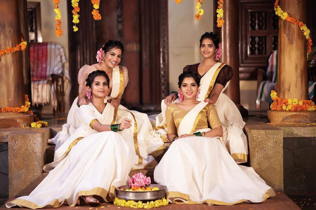 10+  Striking Outfit Ideas We Handpicked for Onam