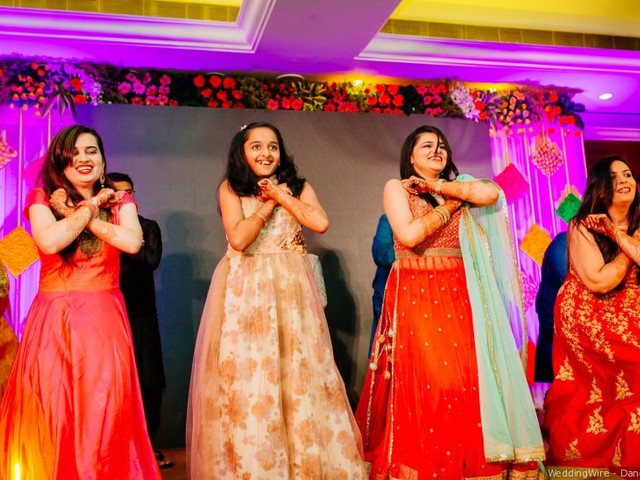 Upbeat Sister's Wedding Songs For The Much-awaited Sangeet