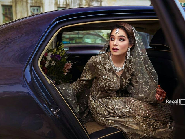 10 Stunning Indian Reception Dresses for Bride That Would Make You Slay The Fashion Game