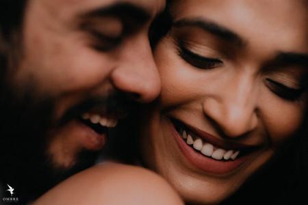Spectacular Couple Portrait Ideas for Your Pre-wedding Shoot