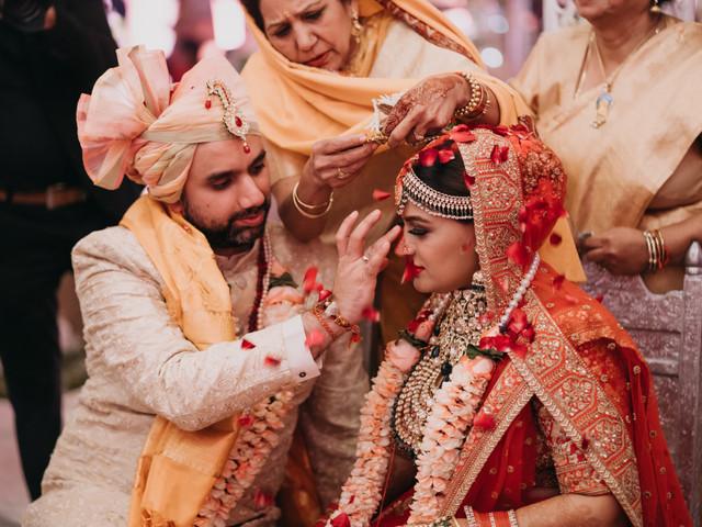 Nainika & Sid's Wedding Included a Phoolon Ki Holi & Lots of Rain in January