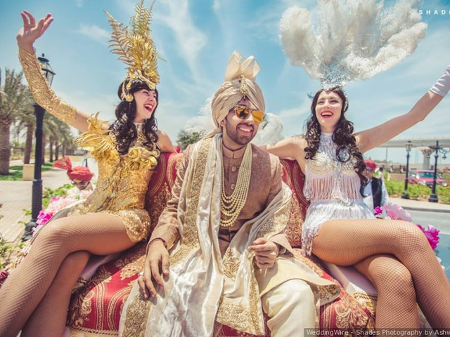 7 Epic Groom Wedding Entry Ideas That Will Give You All Top-Of-The-World Feels