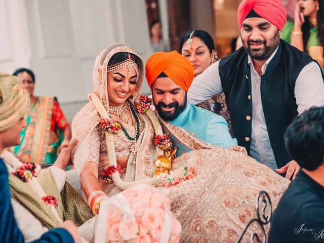 9 Hilariously Naughty Pranks to Try out This Wedding Season