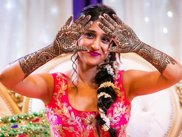 Season's Trendiest Dulhan Mehndi Video Tutorials for You