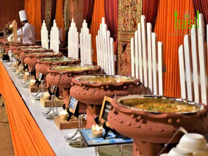 6 Gujarati Menu Must-haves You Need For An Authentic Gujju Wedding