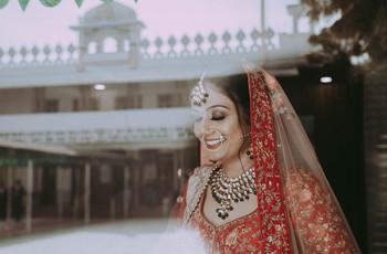 Photo Poses For Girls: 50 Stylish Wedding Photoshoot Ideas for Girls