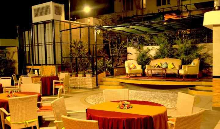 The Emerald Hotel, Juhu