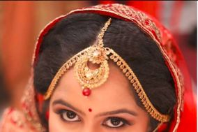 Akansha Mundhra Makeup & Hair