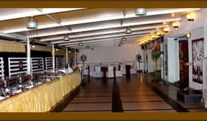 Hotel Rajhans Ritz