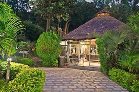 LivingStone Tiger Den Resort