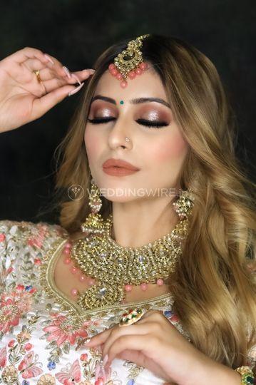 Day wedding airbrush makeup