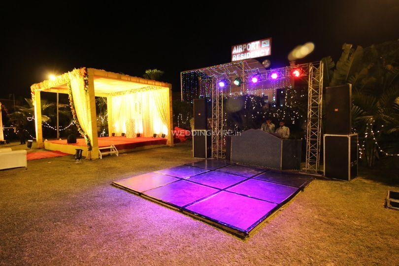 DJ setup for an outdoor wedding