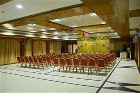 OYO Flagship 15645 Chennai Deluxe
