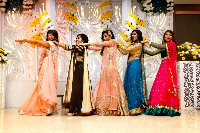 Bride dance with friends