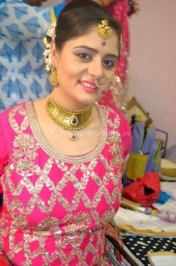 Makeovers by Naunidh Singh
