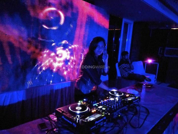 DJ Emkaur