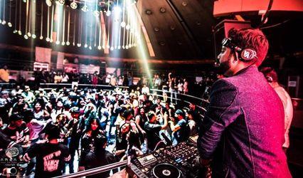 DJ Sunny V