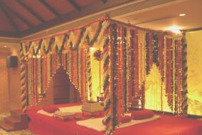 Shri Pushpam Florist