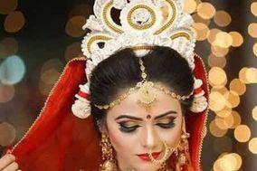 Mirror Beauty Parlour