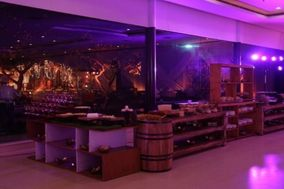 Charcoal Food & Beverages Services