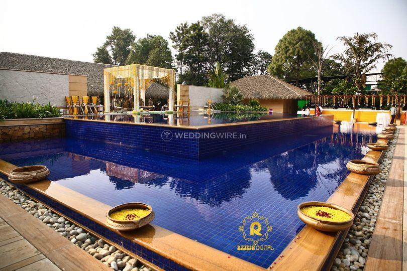 Bali-pool side