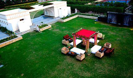 Treehouse Hotel, Club & Spa, Bhiwadi