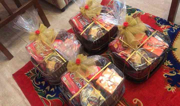 Amy'z Gifts N Packs