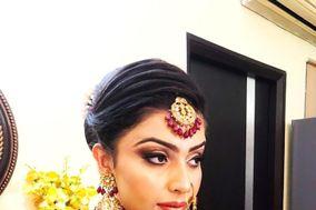 Dolly Chandra Makeup Artist