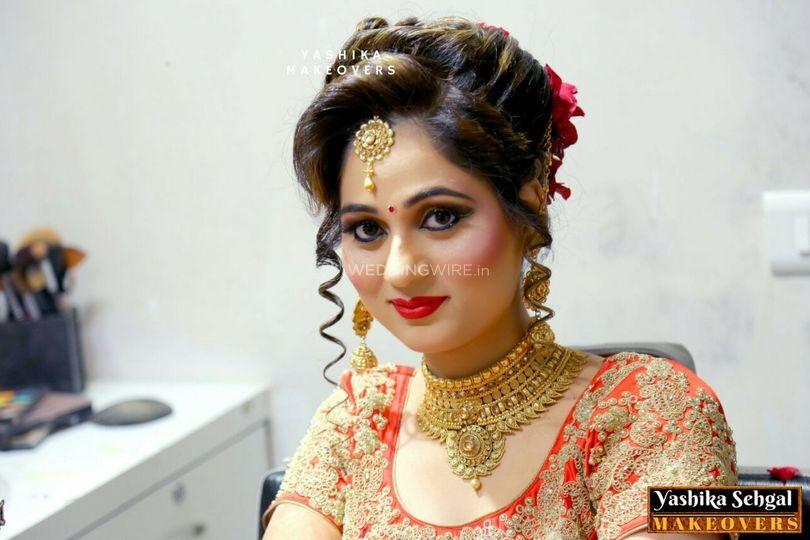 Yashika Sehgal Makeovers, Paschim Vihar