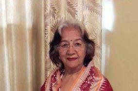 Sudha Khanna, Delhi