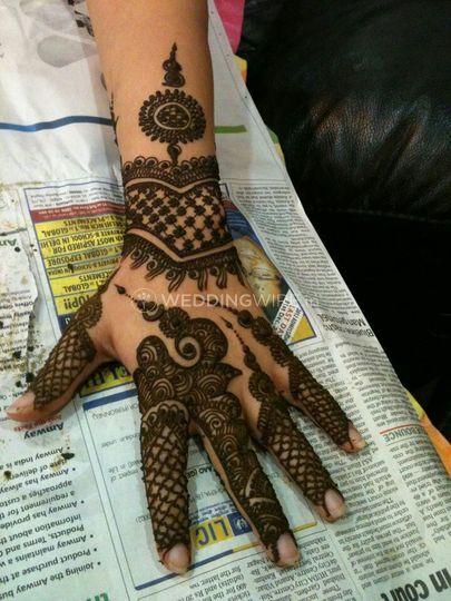 Amresh Mehndi Art