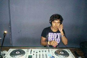 DJ Aby and DJ Sudipa