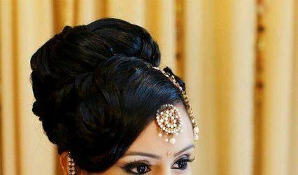 Women's World Hair Beauty & Makeup Salon