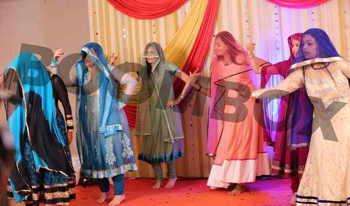 Ladies performance with props