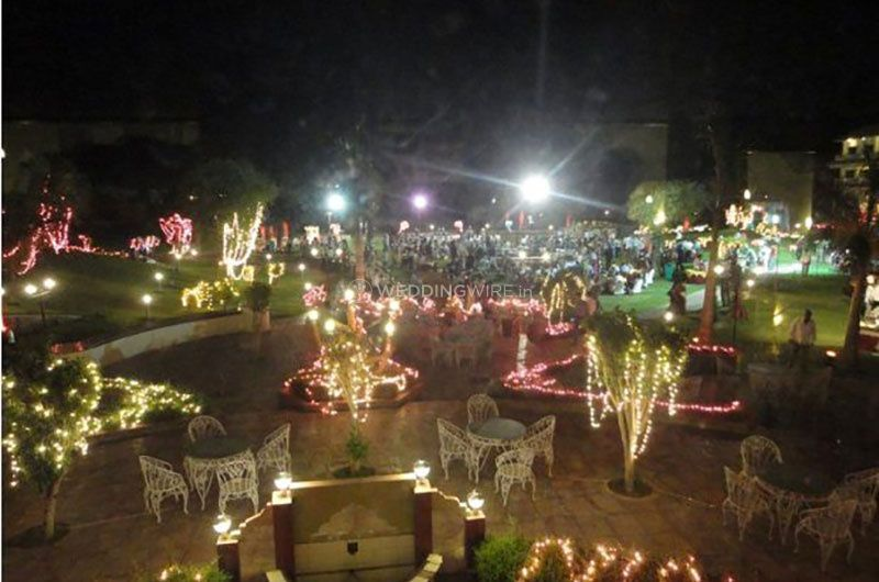 Wedding decorations at night