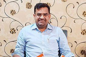 Astrologer Anil Verma
