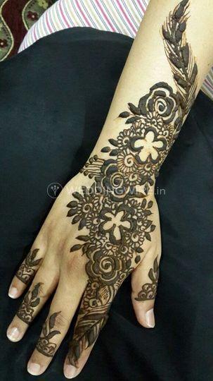 Intricate mehendi designs