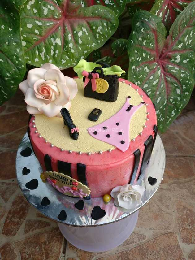 Admirable Grown Up Birthday Cakes From Sirees Not Just Cakes Photo 20 Funny Birthday Cards Online Benoljebrpdamsfinfo
