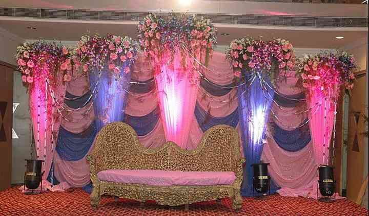 Apna Caterers & Decorators