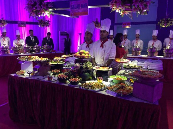 Food presentation and setup