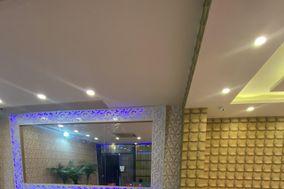 Lee Diamond Party Hall