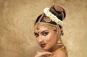Green Trends Unisex Hair & Style Salon, MVP Colony