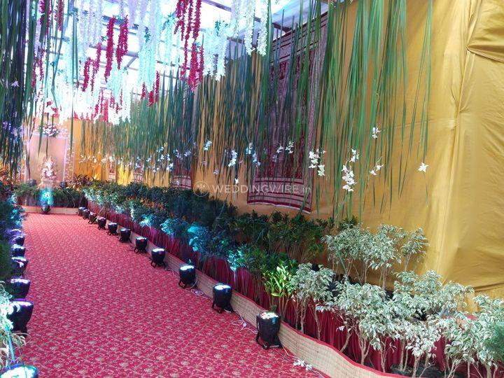 Entrance passage decorat