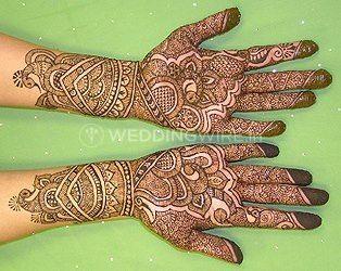 Khushi's Mehendi Art & Classes